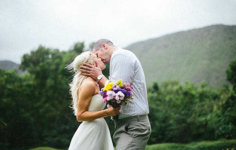 waipio-valley-wedding-big-island-hawaii-15
