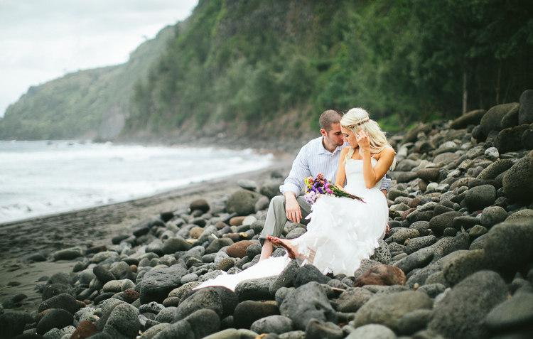 waipio-valley-wedding-big-island-hawaii-19