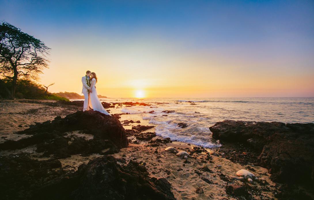 lava-lava-beach-club-wedding-hawaii-20